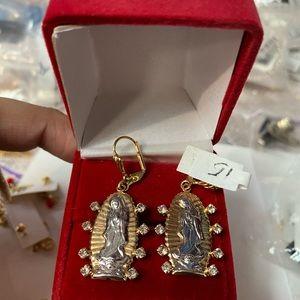 18k gold plated Virgin Mary design